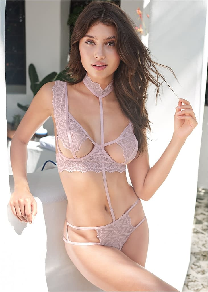 OPEN CUP BRA WITH CAGE PANTY