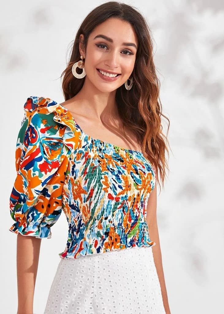 ALLOVER PRINT SHIRRED RUFFLE ONE SHOULDER TOP
